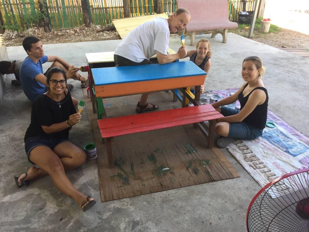 trabalho voluntário na áfrica e ásia