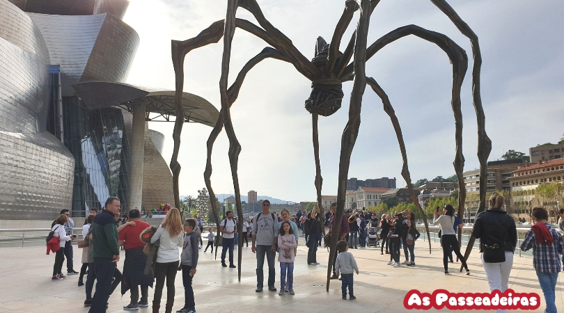 Maman (1999) is a bronze, stainless steel, and marble sculpture by the artist Louise Bourgeois. The sculpture, which depicts a spider, is among the world's largest, measuring over 30 ft high and over 33 ft wide (927 x 891 x 1024 cm).[1] It includes a sac containing 32 marble eggs and its abdomen and thorax are made of ribbed bronze.